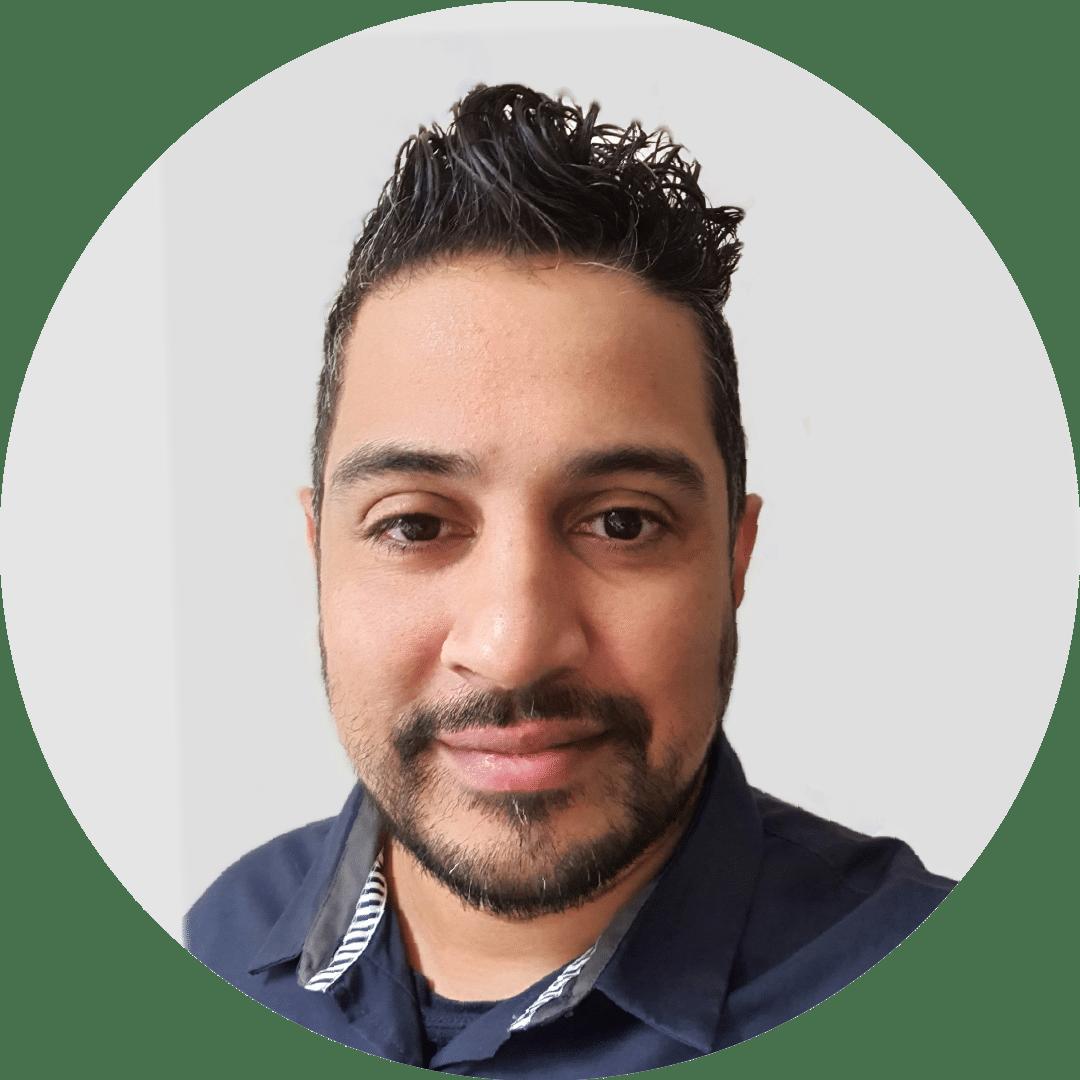 Shaoib Altaf Headshot